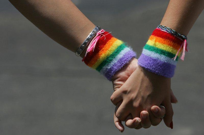 Sono LESBICA – la testimonianza di una madre – Rete Genitori Rainbow per #IDAHOBIT2014